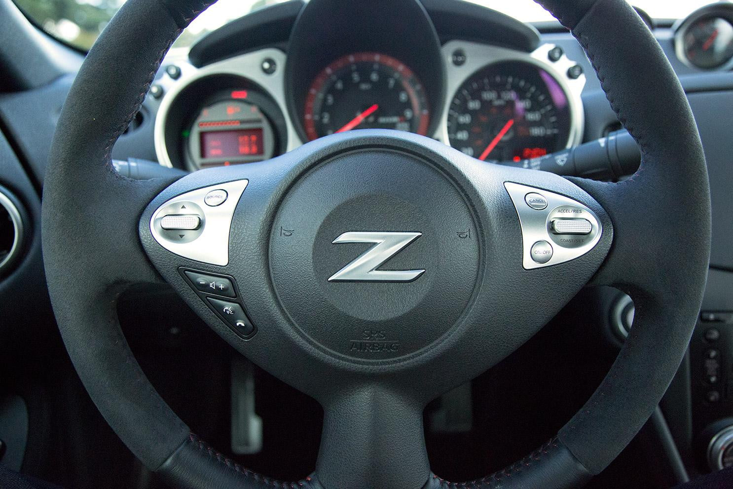 2015 nissan 370z nismo review digital trends 2014 nissan 370z nismo steering wheel vanachro Gallery