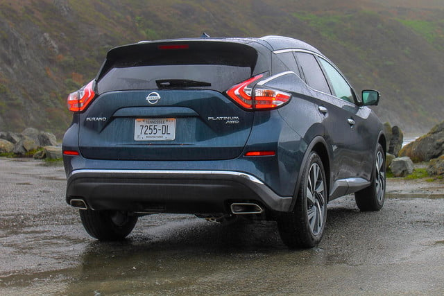 2015 Nissan Murano review rear angle 2