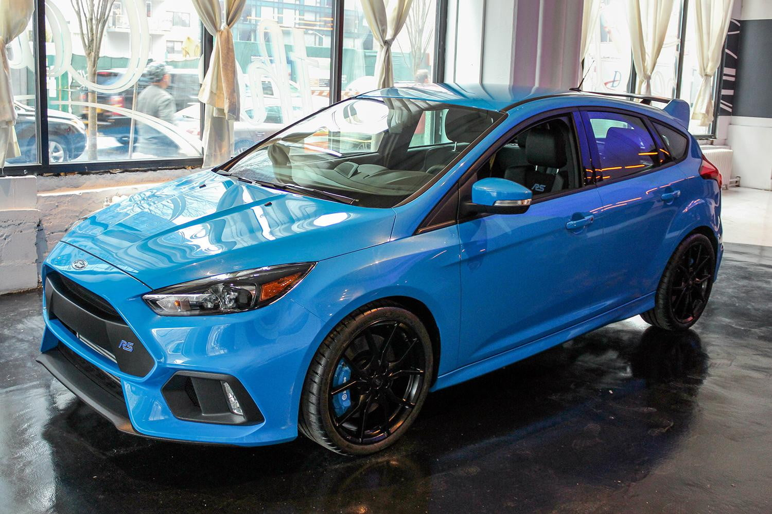 2016 ford focus rs first look spec pictures performance digital trends. Black Bedroom Furniture Sets. Home Design Ideas