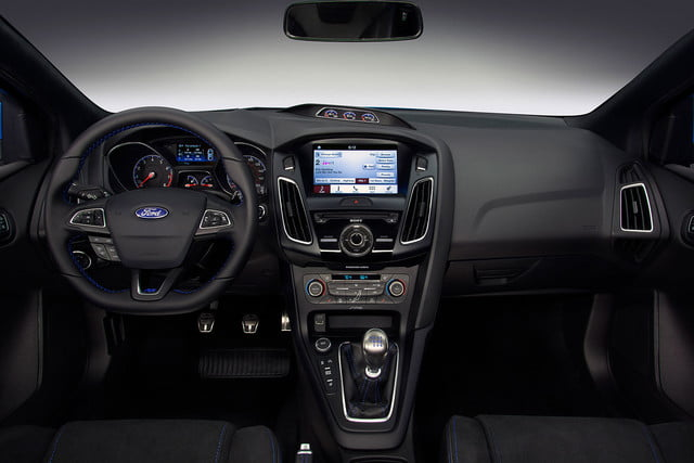2016 ford focus rs first drive interior 4