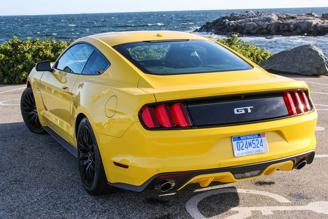 2016 Ford Mustang Gt Top Back Angle V2