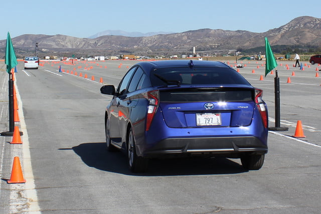 2016 toyota prius first drive 0717