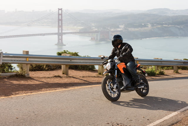 zero motorcycles introduces new models 2016 ds action 17 4800x3200 press