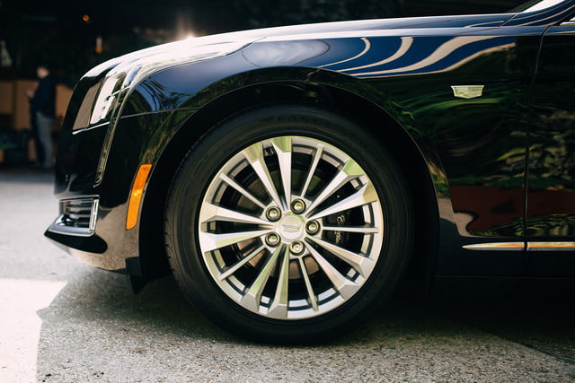 2017 cadillac ct6 plug in review  11