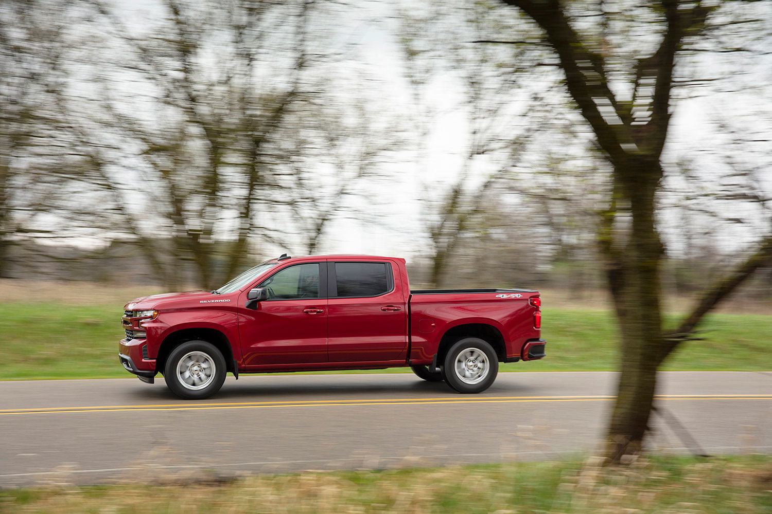 2019 chevrolet silverado first drive review digital trends. Black Bedroom Furniture Sets. Home Design Ideas