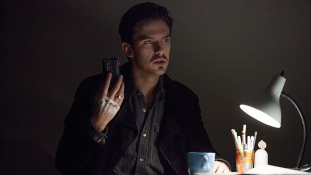 a walk among the tombstones review screenshot 5