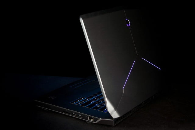 Alienware 15 side angle