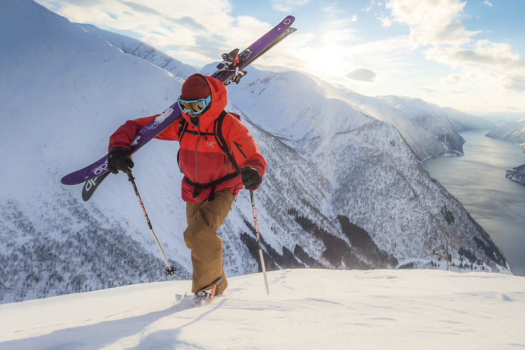 7f7b5181b1 Stay Stylish and Toasty in the Best Ski Pants You Can Buy