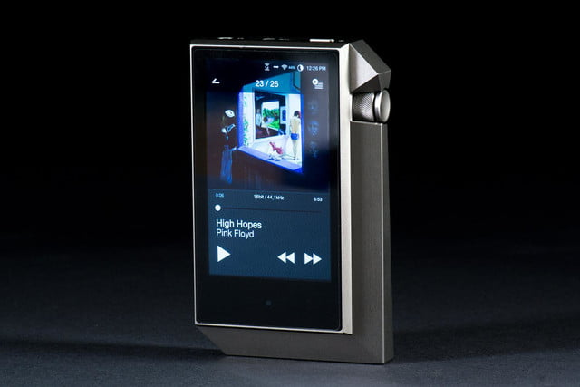 Astell & Kern AK240 front angle screen 3
