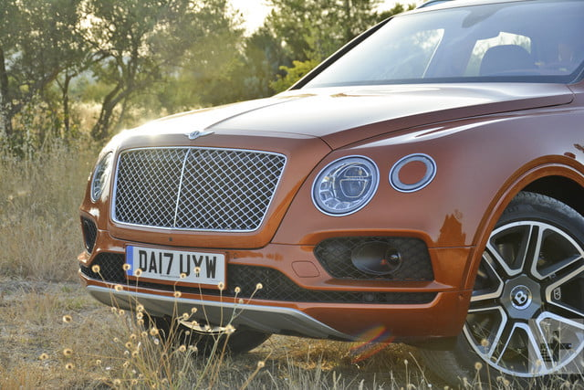 2017 bentley bentayga bently review 14035