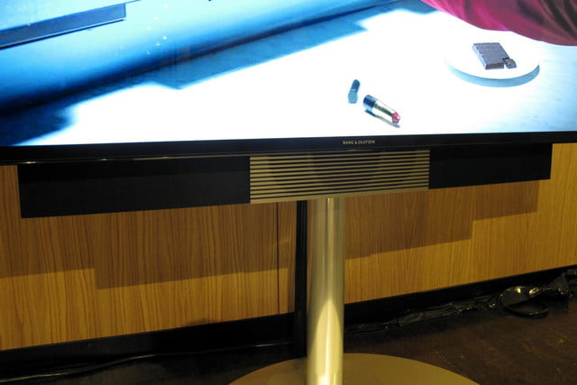 bang olufsens first 4k uhd tv knows right moves beovision avant 17