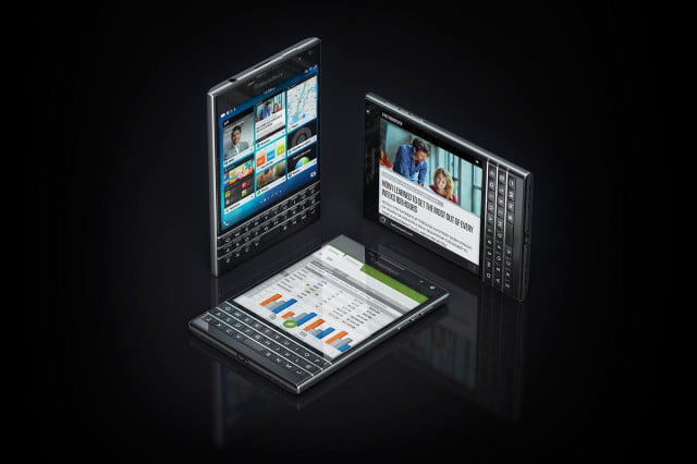 BlackBerry Passport black trio