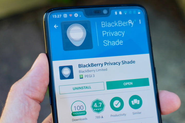 how to use blackberry privacy shade app