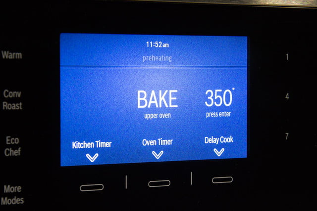 Bosch HBLP651LUC oven review LCD display macro
