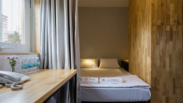 vietnamese shipping container hostel ccasa by tak architects 08
