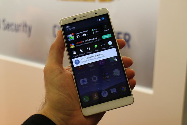 the cheetahphone wants you to sacrifice stock android for battery and speed improvements 0649