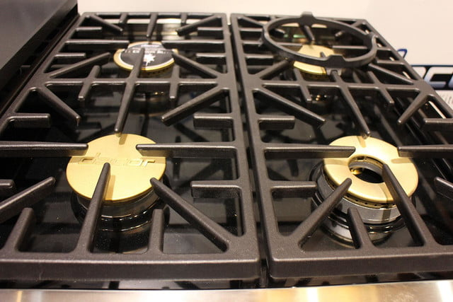 dacors voice activated oven debuts at ces 2015 dacor discovery iq dual fuel range 0256