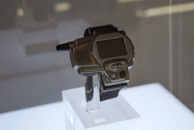 1999: The first watch phone SPH-WP10