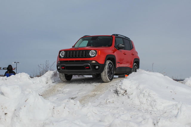 fiat chrysler four wheel and all drive specs 2015 fca winter 28