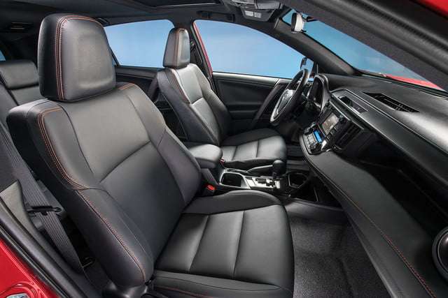 2016 toyota rav4 first drive se interior 2
