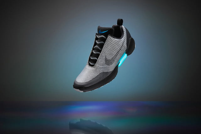 nike hyperadapt self tying shoes 20160315 fy16 inno snowcap silver hero 0029 original