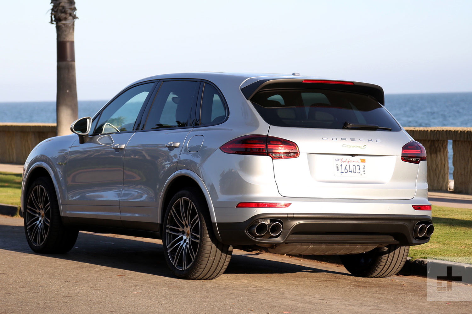 2017 Porsche Cayenne S E Hybrid Review Digital Trends