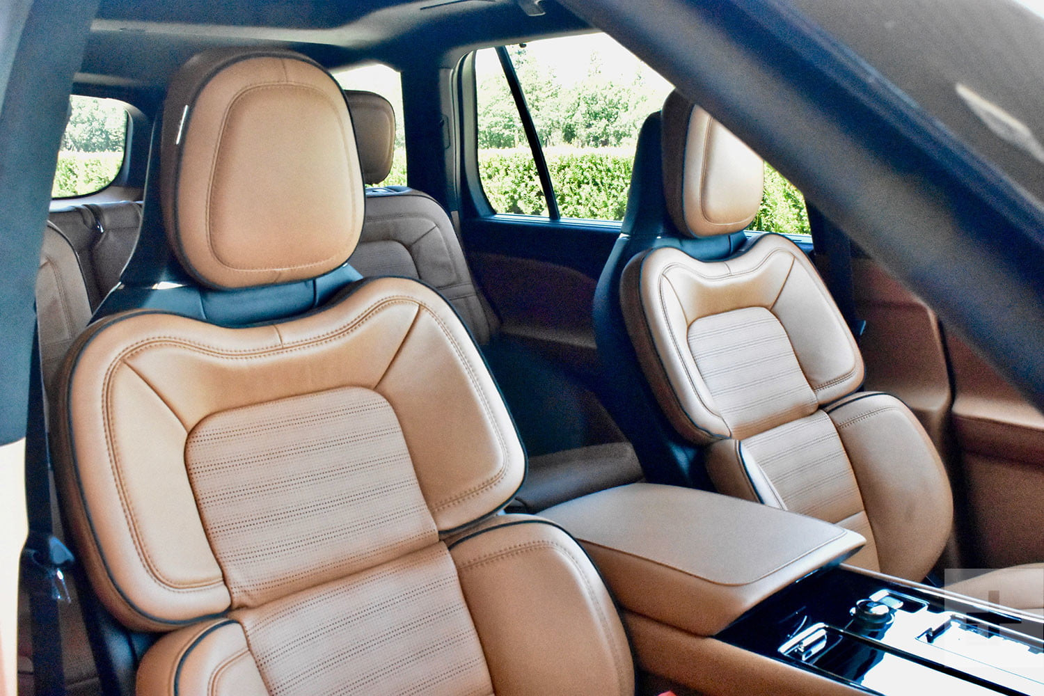 2020 Lincoln Aviator First Drive Review: This SUV Really