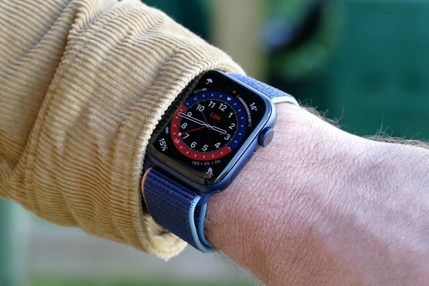 Apple Watch Series 6 Review: The Best Feature-Rich Watch..