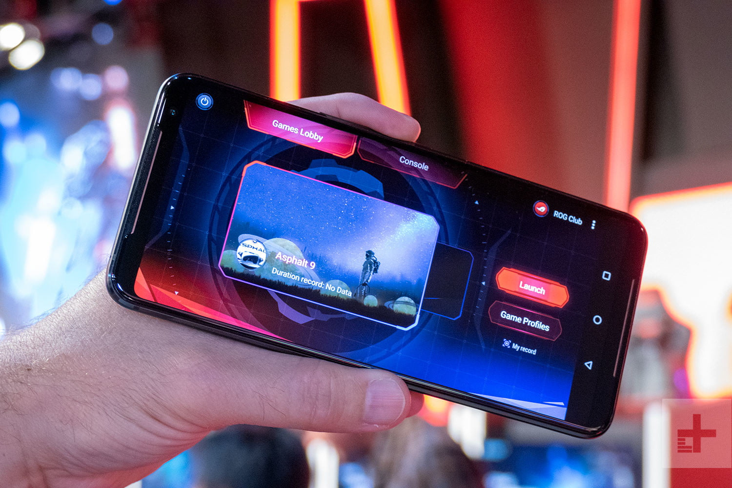 Asus ROG Phone 2 Hands-on Review: A Beastly Gaming Phone