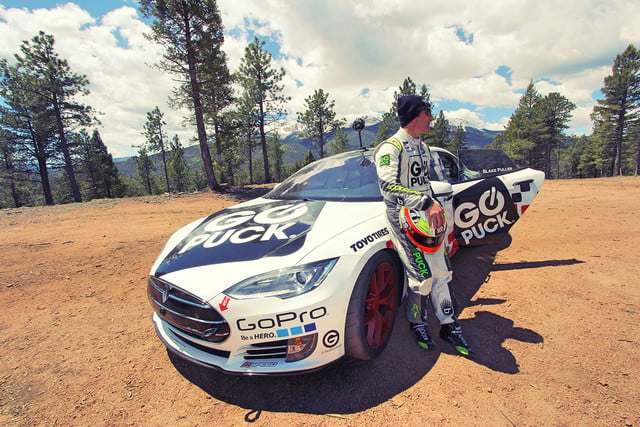 tesla model s pikes peak record go puck img 1026