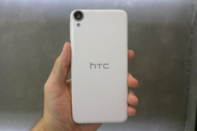 htc desire 820 hands on rear