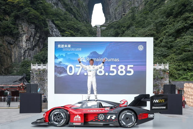 volkswagen id r electric car tianmen mountain china record attempt i d