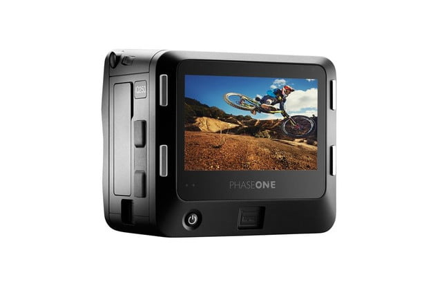 phase one iq250 is worlds first cmos based medium format digital back glass white