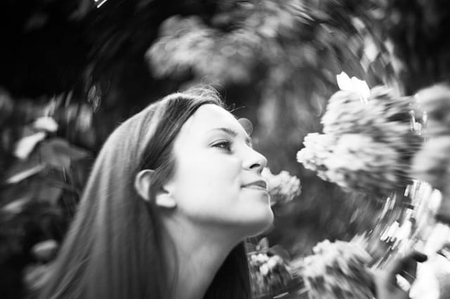 lomographys new petzval 58 lens can create 7 levels of creative blurring lomography sample 4