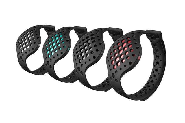 the moov now uses machine smarts to help improve your workouts moovnow collection isometric
