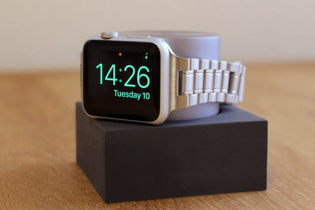 hands on native union dock for the apple watch 0008
