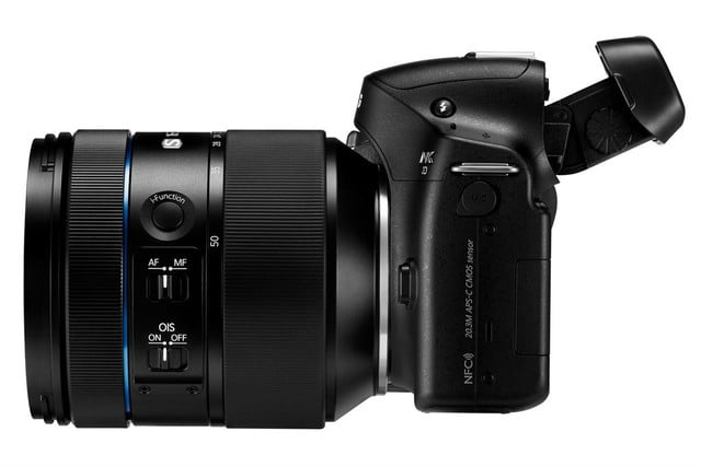 samsung announces nx30 and 16 50mm 3