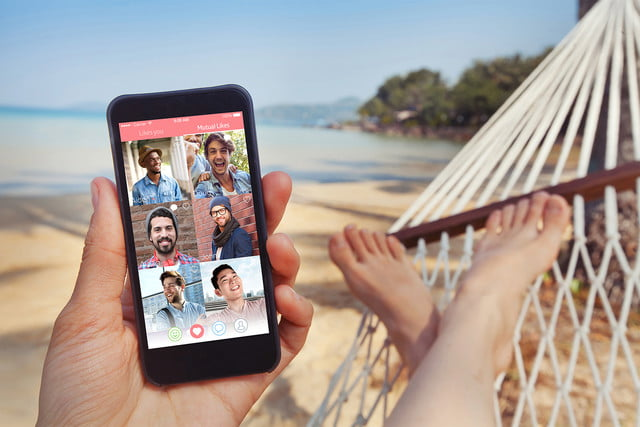 sweet pea dating app on the beach