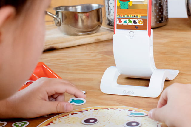 Osmo iphone base pizza game