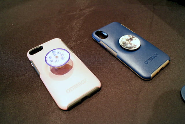 most interesting mobile accessories ces 2019 otterbox pop sockets 12