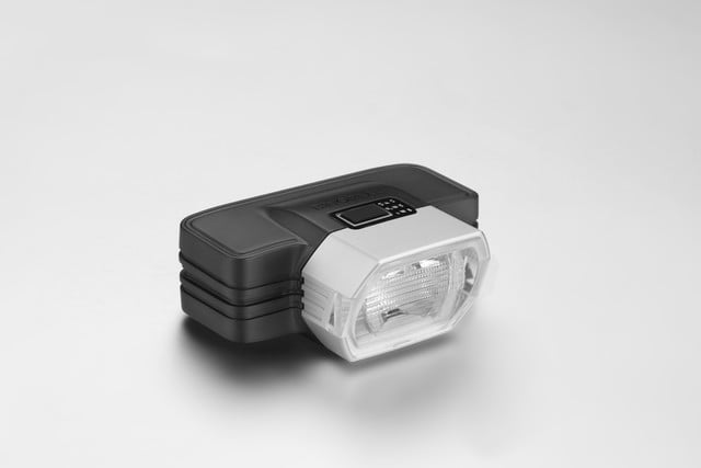 F1 Radius Smart Bike Light
