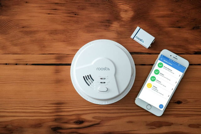 the roost smart smoke alarm detects fire co and natural gas battery