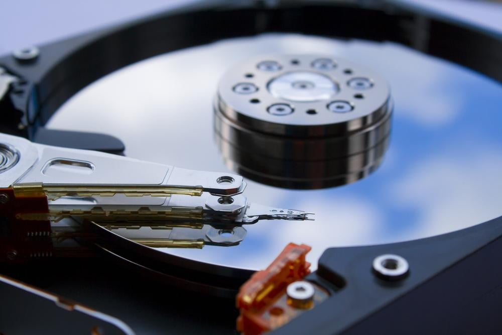 SSD vs  HDD | Digital Trends