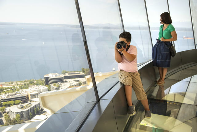 seattle space needle now has a revolving glass floor 5
