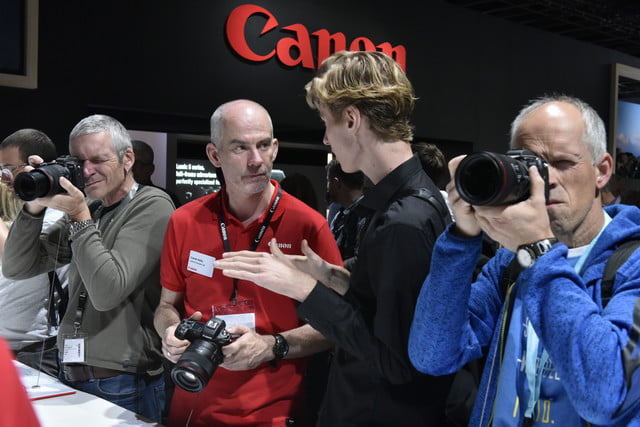 photokina 2018 trends stand  canon halle 3 2
