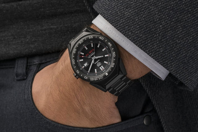 tag heuer connected modular 41 smartwatch news suit