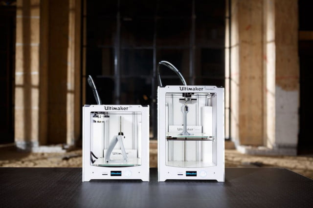 ultimaker unveils two new 3d printers at ces 2016 ultimaker2plus