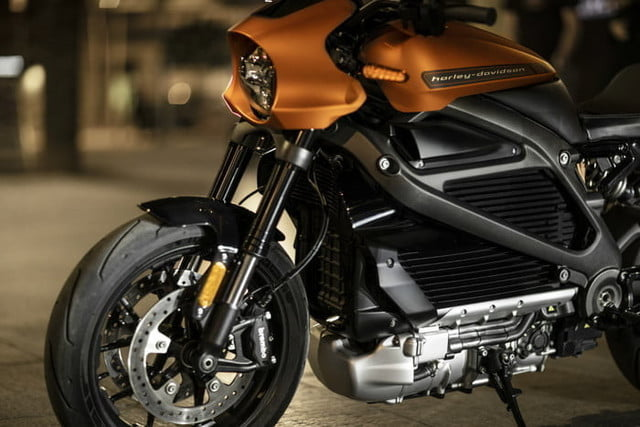harley davidson electrica ces 2019 livewire 05 700x467 c