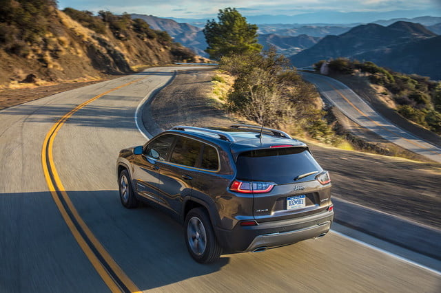jeep cherokee 2019 prueba grand winding road press 800x533 c
