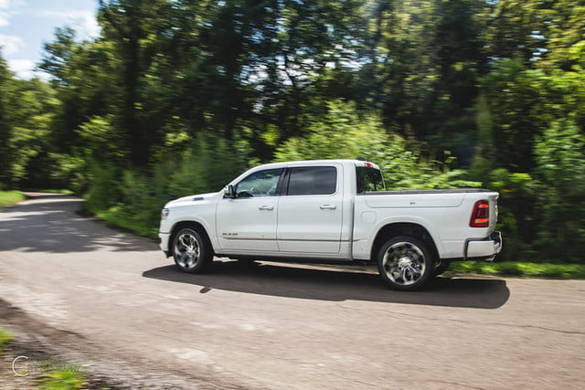 ram 1500 etorque 2019 mpg combustible first drive review 700x467 c
